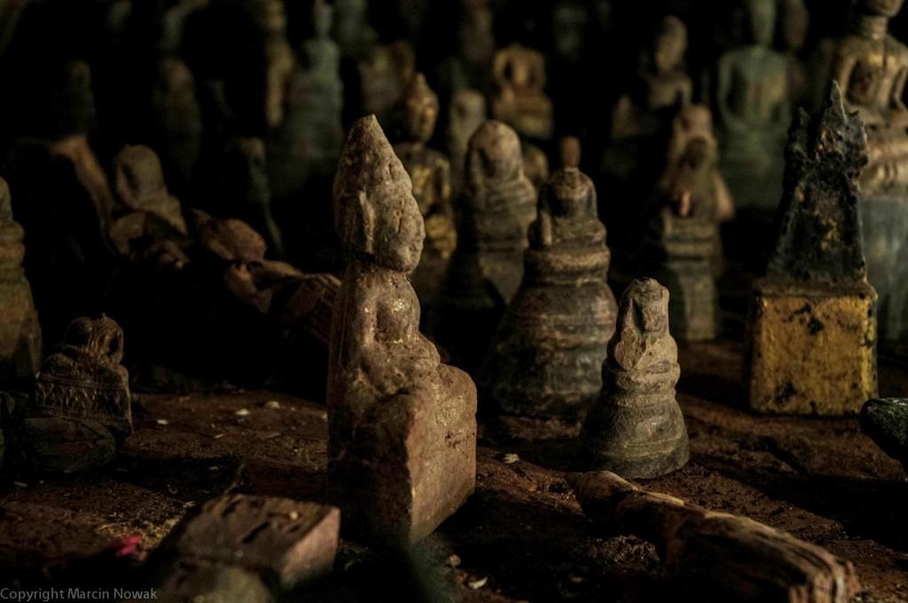 Wielu Buddów