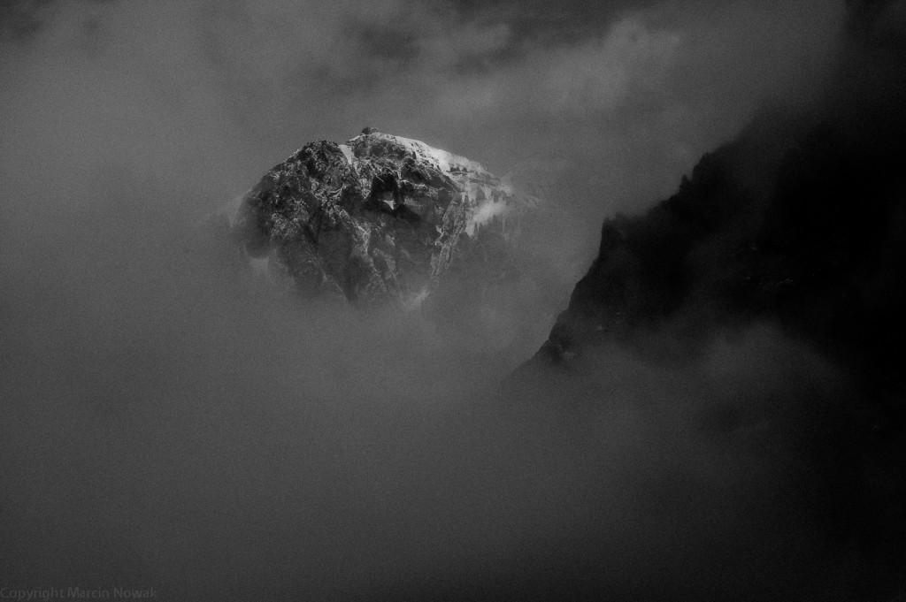 Szczyt w chmurach