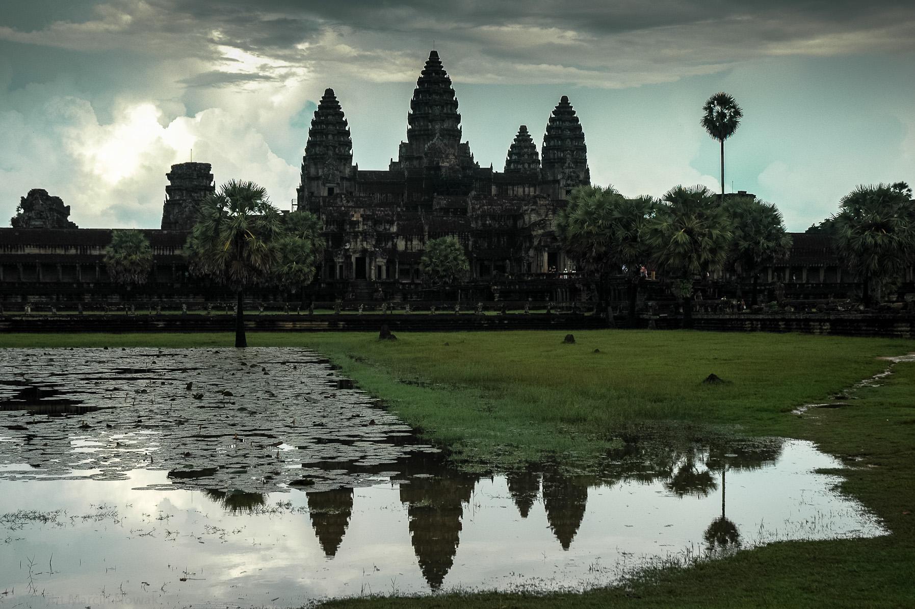 Angkor Wat i jego odbicie